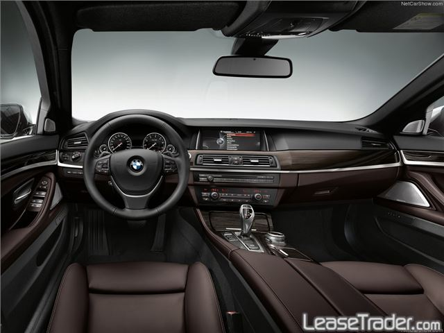 2017 BMW 530i xDrive Sedan Interior