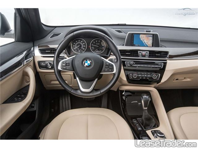 2017 BMW X1 sDrive28i Dashboard
