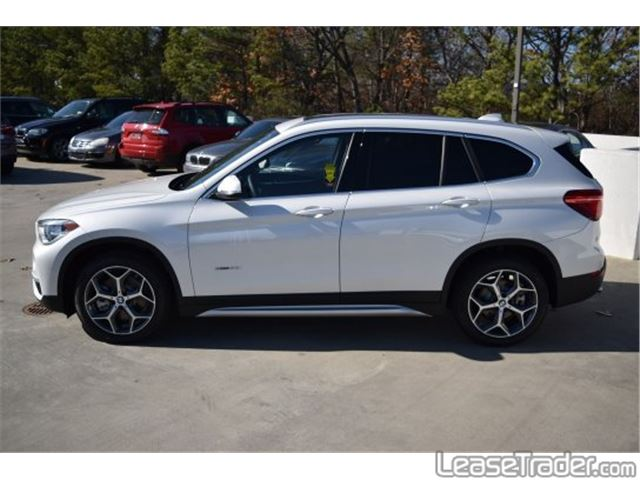 2017 BMW X1 sDrive28i Side