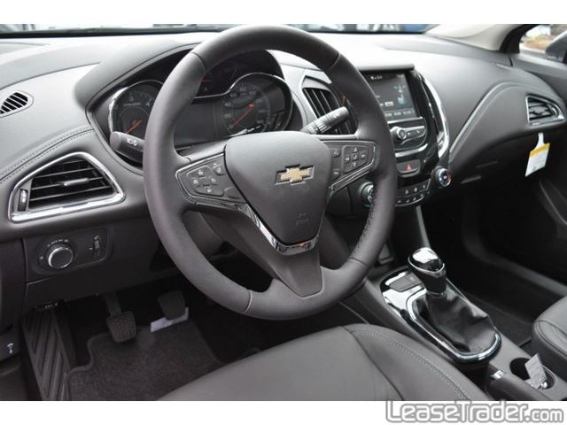 2017 Chevrolet Cruze LT Dashboard
