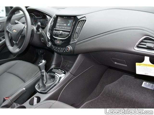 2017 Chevrolet Cruze LT Interior
