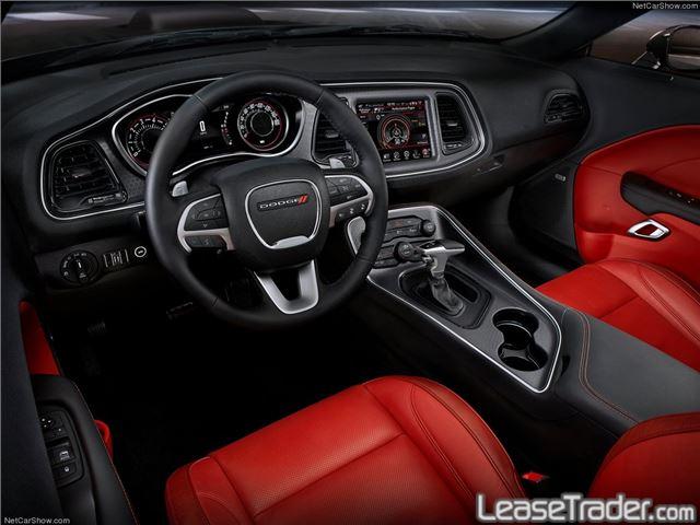 2017 Dodge Challenger SXT Interior