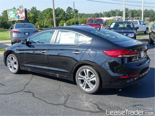 2017 Hyundai Elantra SE Rear