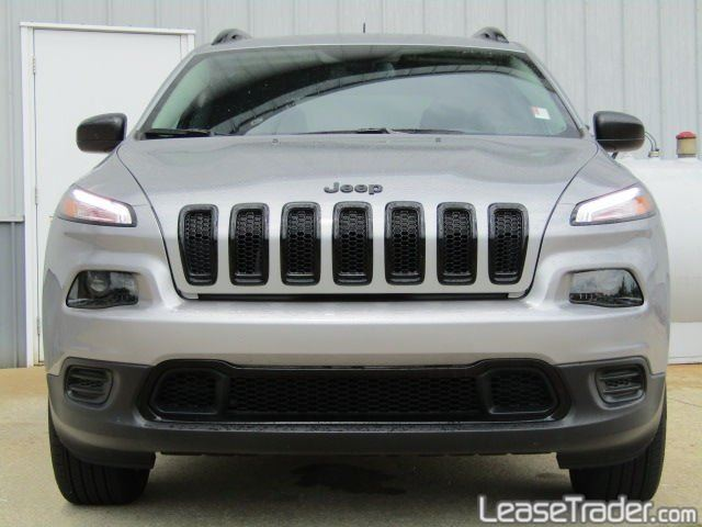 2017 Jeep Cherokee Sport Front