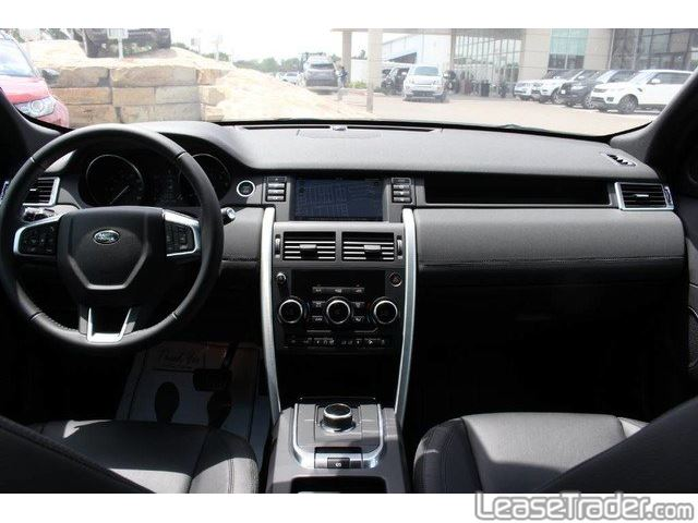 2017 Land Rover Discovery SE Dashboard