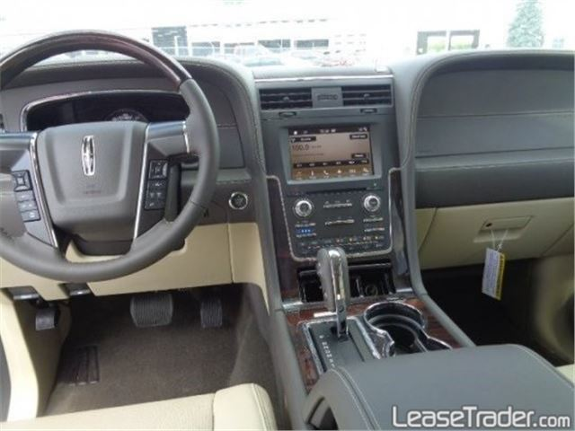 2017 Lincoln Navigator L Select Dashboard