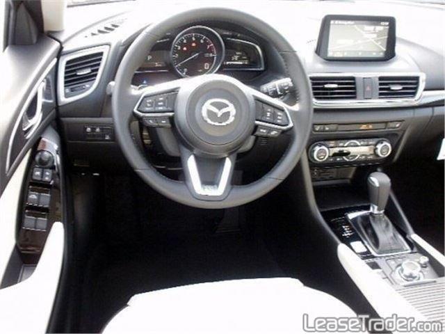 2017 Mazda Mazda3 Sport 4-DOOR Dashboard