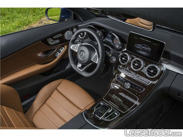2017 Mercedes-Benz C300 4MATIC Sedan Interior