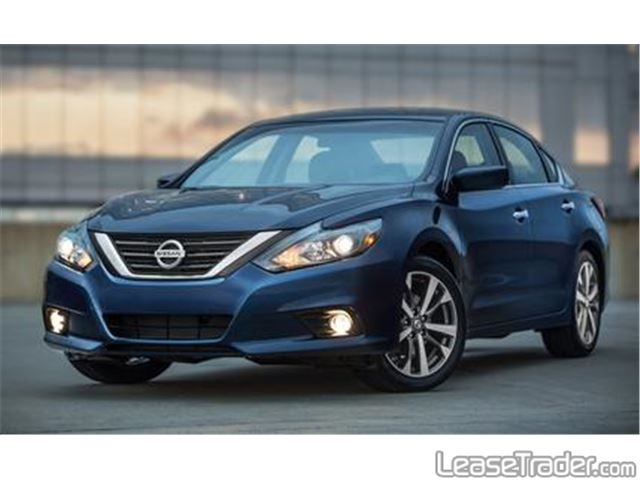 2017 Nissan Altima 2.5 S Front