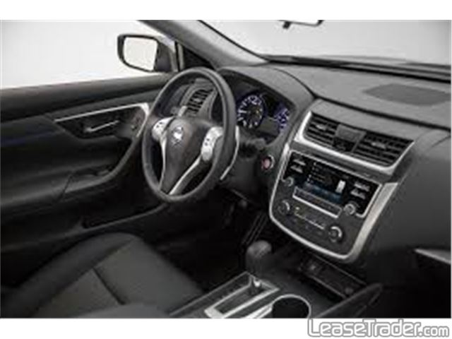 2017 Nissan Altima 2.5 S Interior