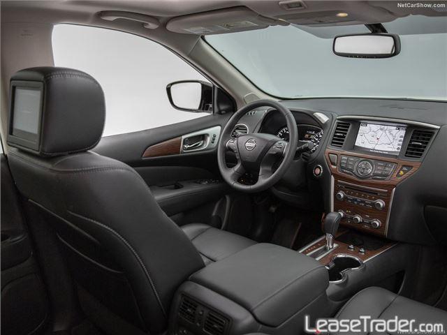 2017 Nissan Pathfinder S Interior