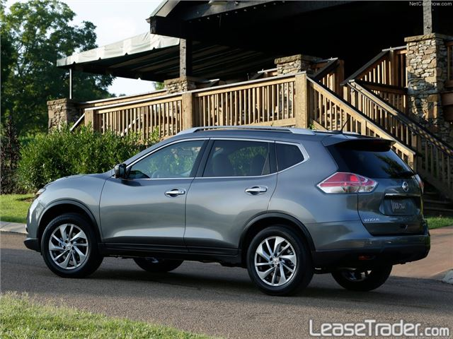 2017 Nissan Rogue S Side