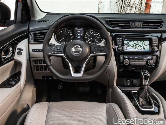 2017 Nissan Rogue Sport S Dashboard