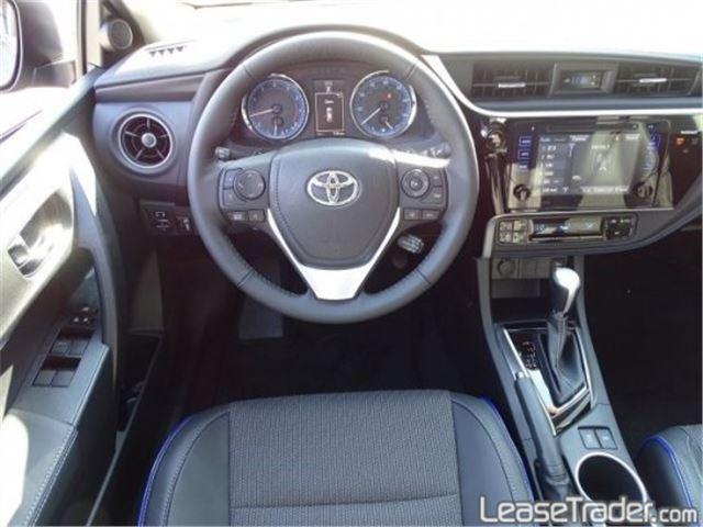 2017 Toyota Corolla SE Special Edition Dashboard