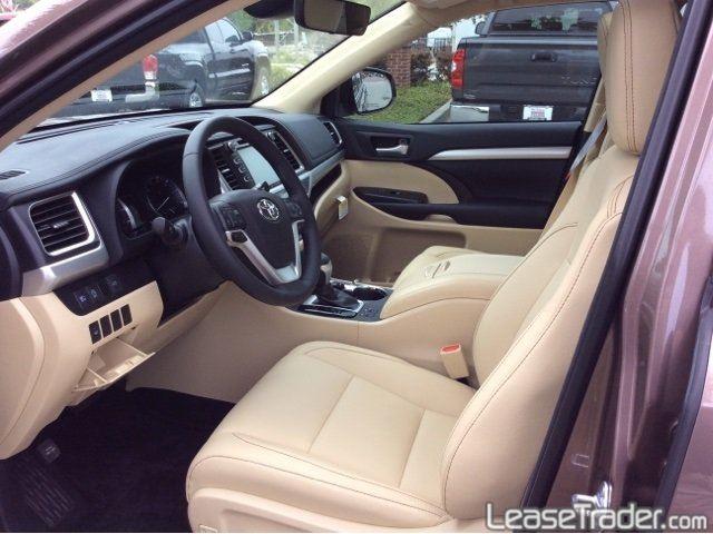 2017 Toyota Highlander LE Interior