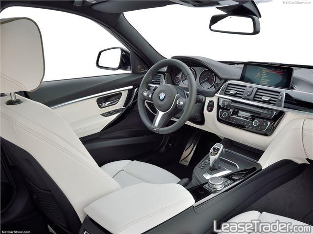 2018 BMW 320i xDrive Sedan Interior