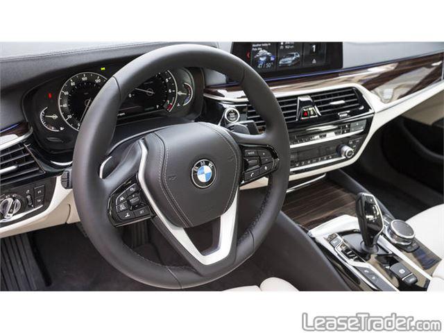 2018 BMW 530i Dashboard