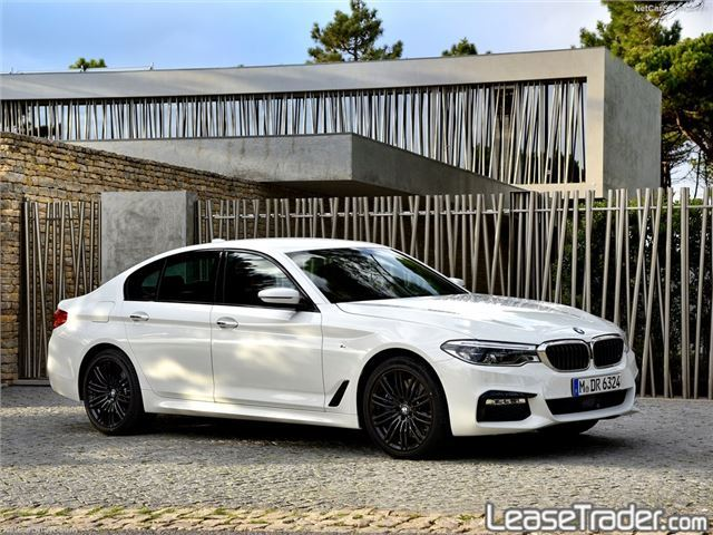 2018 BMW 530i Side