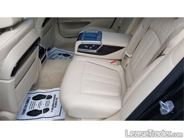 2018 BMW 740i xDrive Interior
