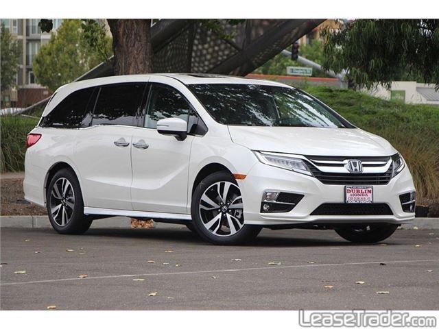 2018 Honda Odyssey LX Front