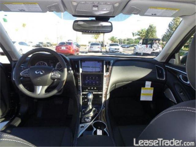 2018 Infiniti Q50 2.0t Luxe Dashboard