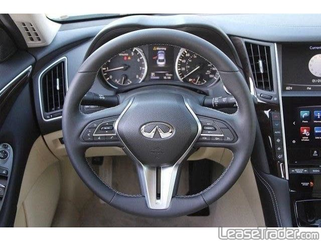 2018 Infiniti Q50 2.0t Pure Dashboard