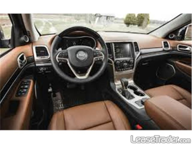 2018 Jeep Grand Cherokee Laredo Interior