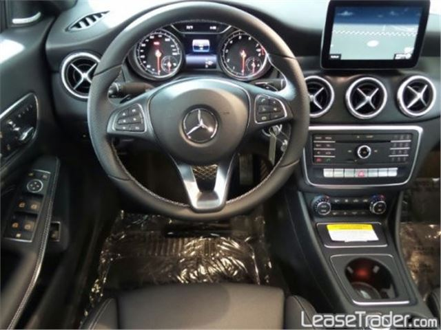 2018 Mercedes-Benz CLA250 Coupe Sedan Dashboard