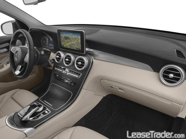 2018 Mercedes-Benz GLC300 SUV Interior
