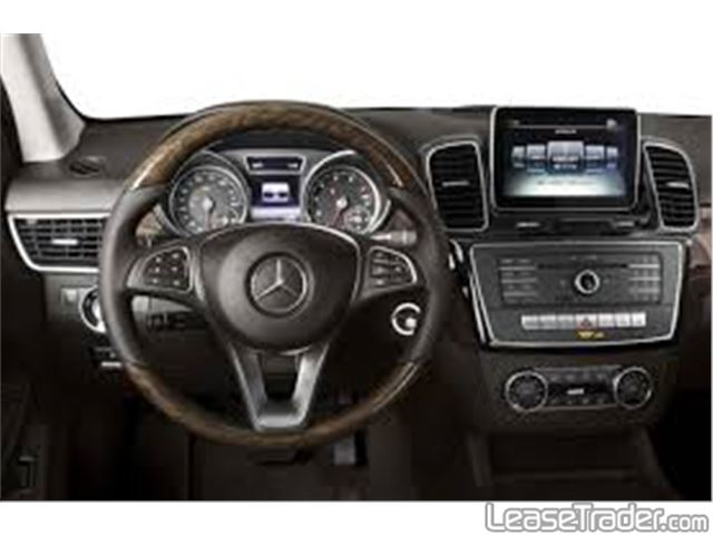 2018 Mercedes-Benz GLE350 SUV Dashboard
