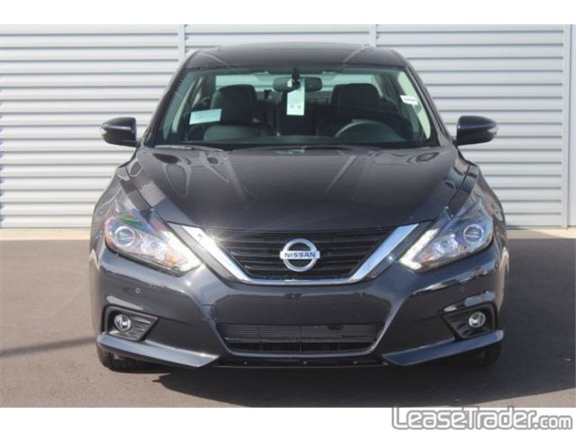 2018 Nissan Altima 2.5 S Front