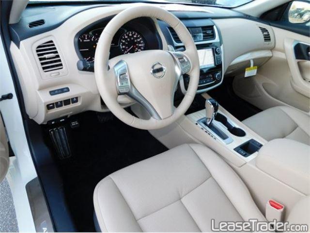2018 Nissan Altima 2.5 S Interior