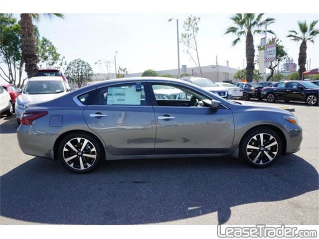 2018 Nissan Altima 2.5 S Side