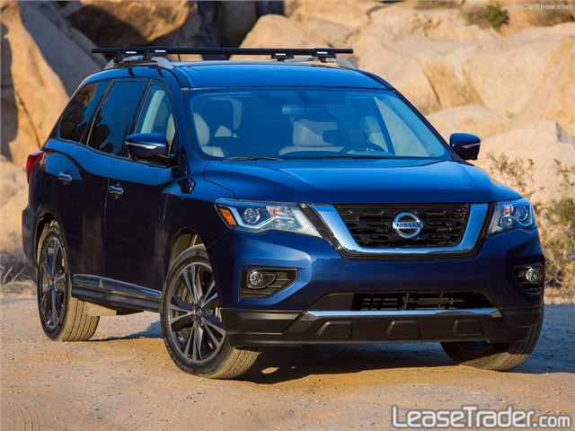 2018 Nissan Pathfinder S Front