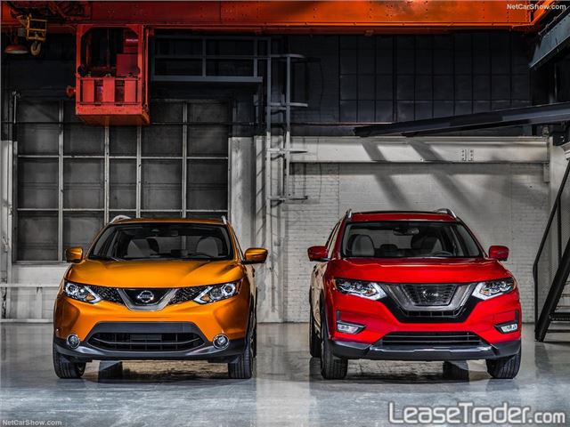 2018 Nissan Rogue SV Front