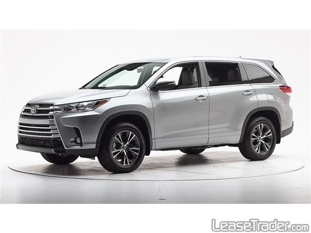 2018 Toyota Highlander LE Side