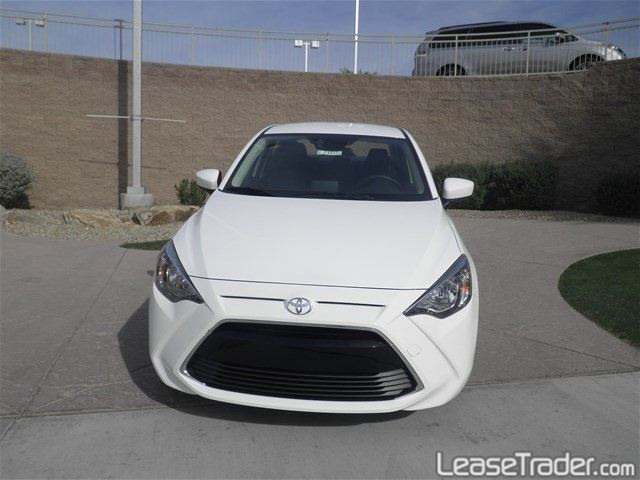 2018 Toyota Yaris iA Front