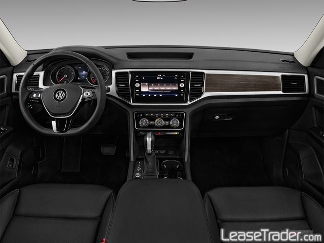 2018 Volkswagen Atlas S 2.0L Turbo Dashboard