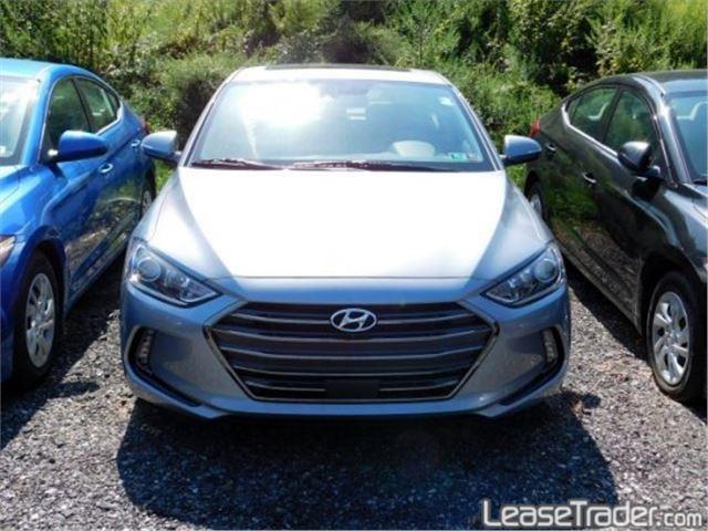 2017 Hyundai Elantra SE Front