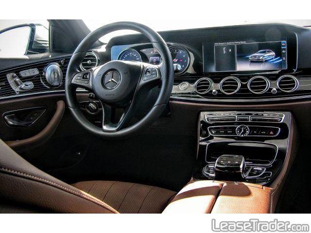 2018 Mercedes-Benz E300 Sedan Dashboard