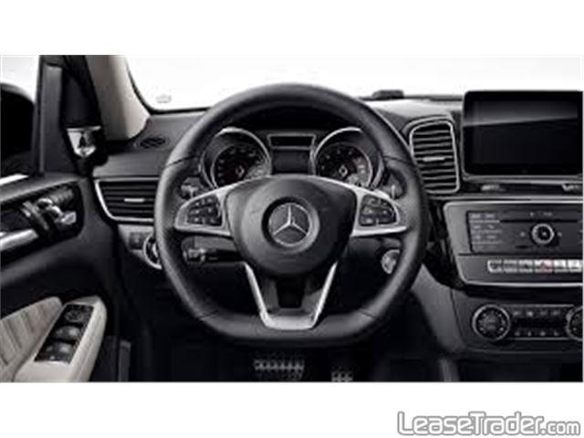 2018 Mercedes-Benz GLE350 4MATIC SUV Dashboard
