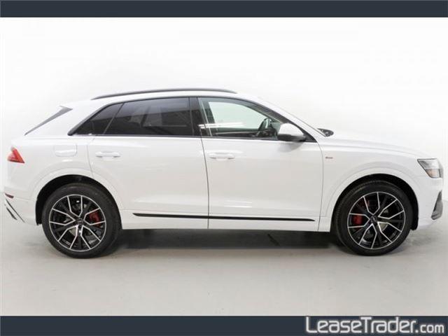 2019 Audi Q8 Premium Side