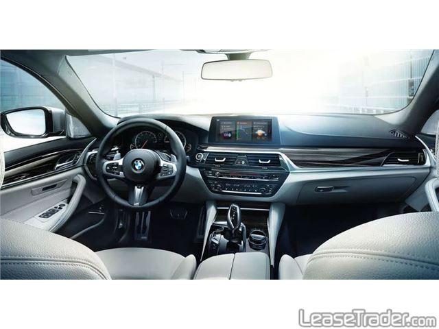 2019 BMW 530i Dashboard