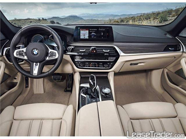 2019 BMW 530i Interior