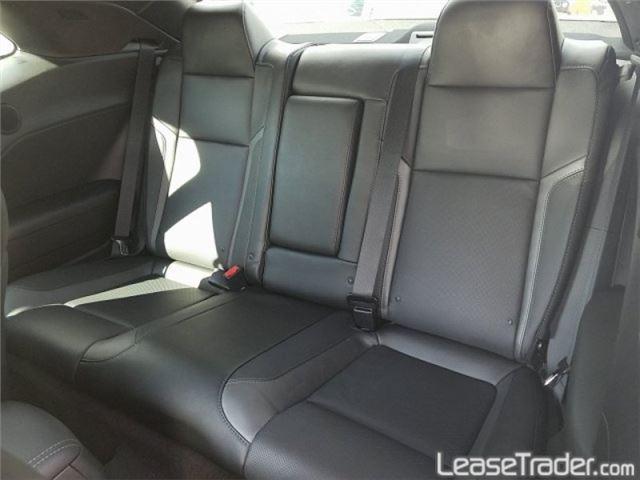 2019 Dodge Challenger SXT Interior