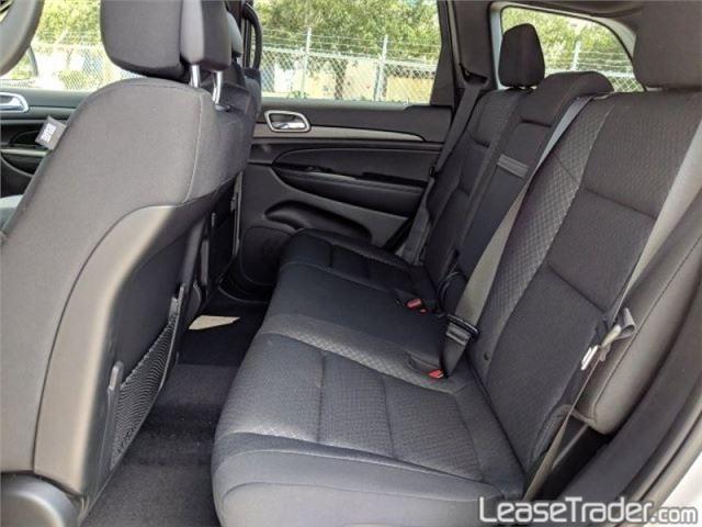 2019 Jeep Grand Cherokee Laredo Interior