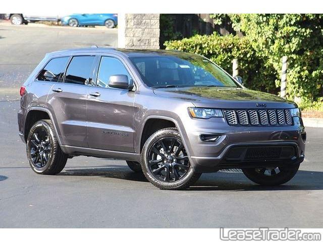 2019 Jeep Grand Cherokee Laredo Side
