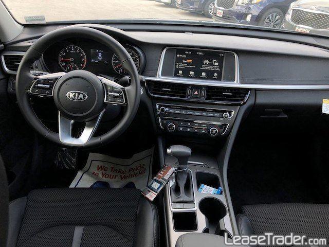 2019 Kia Optima S Sedan Dashboard