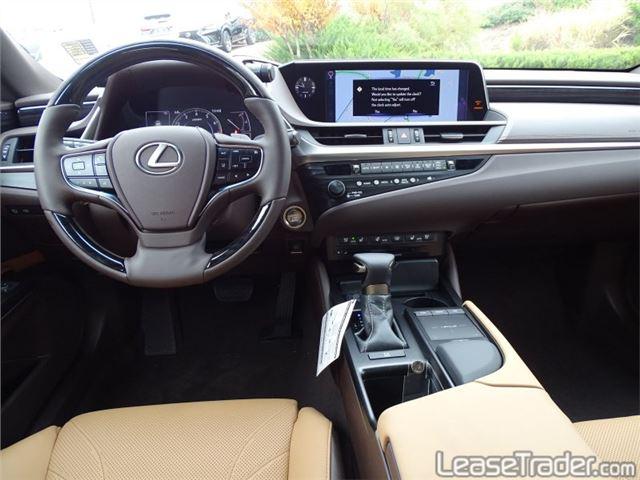 2019 Lexus ES 350 Dashboard
