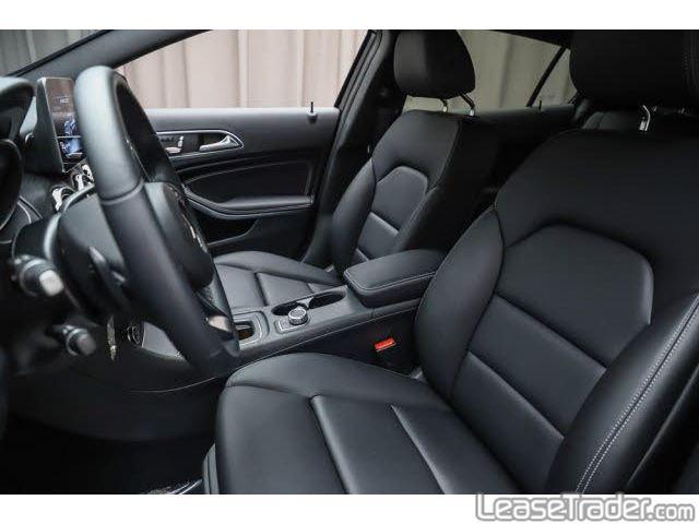 2019 Mercedes-Benz GLA250 SUV Interior